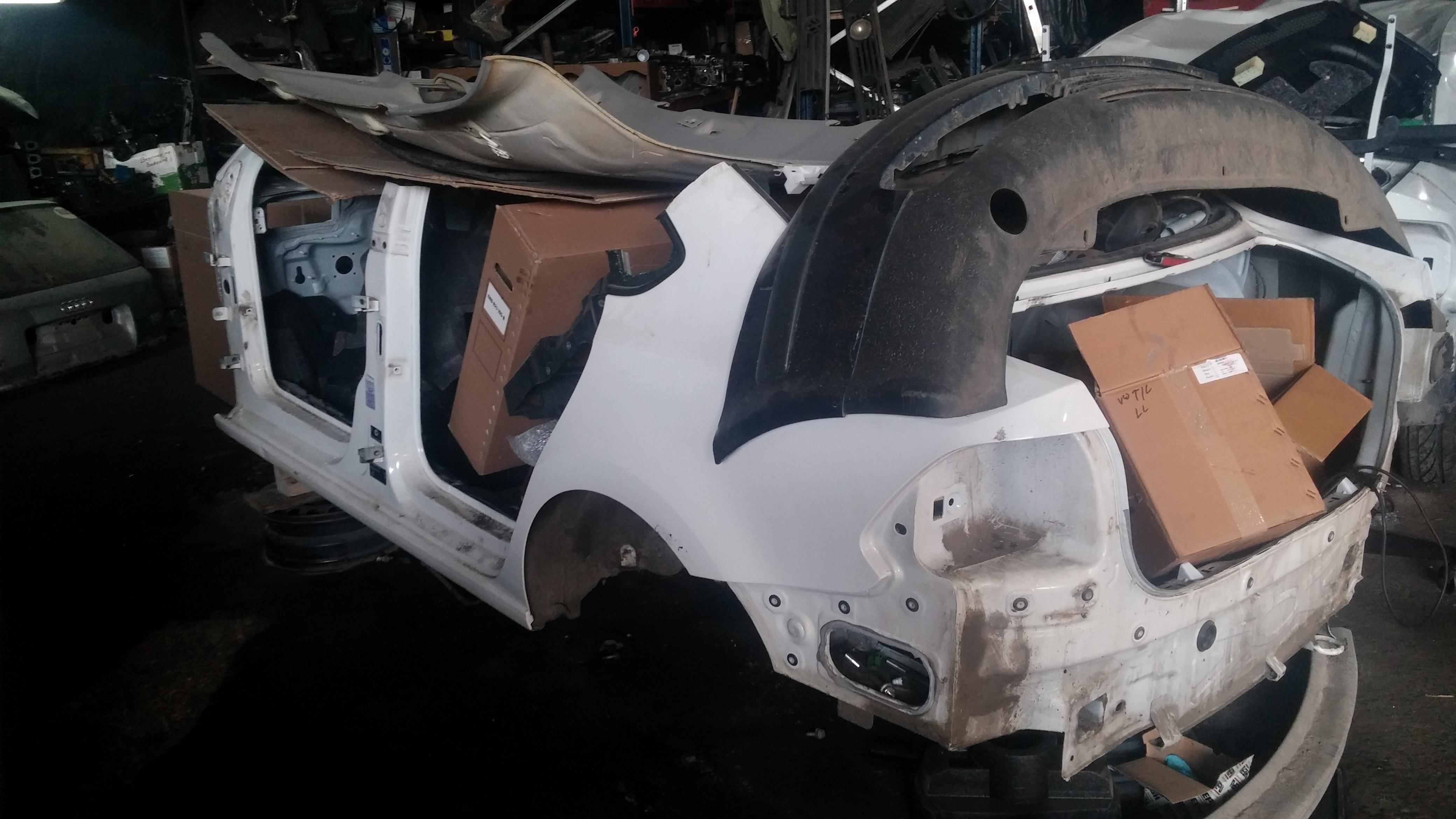 запчасти для volkswagen polo sedan с разборок